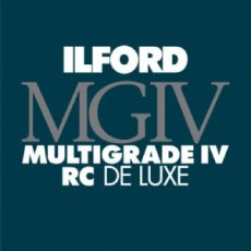 Ilford Multigrade RC Deluxe, Satin, 5 x 7in, Pack of 25